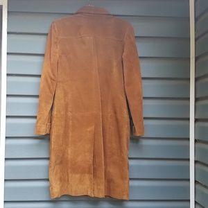 Vintage Jackets & Coats - Vintage 1970s suede coat.